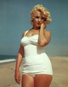 marilyn-monroe-swimsuit-236x300